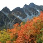 秋の前穂高岳(フルHD1920x1080ワイド壁紙)