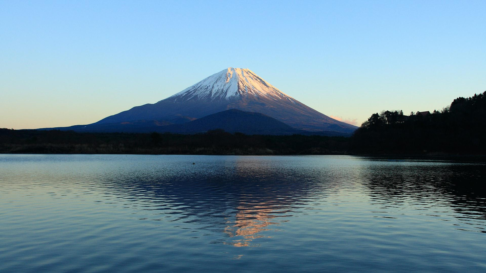 カレンダー カレンダー 2014 12月 無料 : 精進湖から富士山を望む(フル ...
