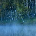 秋の志賀高原木戸池(1920x1080フルHDワイド壁紙)