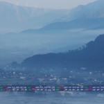 霧の谷(2013年11月カレンダー壁紙)